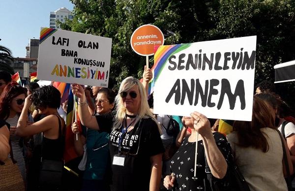 """Ankara Gökkuşağı Aile Grubu: """"Ötekileştirmeye ve nefrete karşı çocuklarımızın yanındayız!"""""""